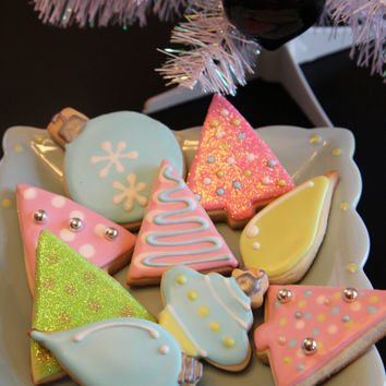 One dozen pastel Christmas cookies