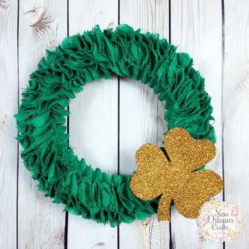 St Patricks Day Green Burlap Ruffle Wreath with Gold Glitter Shamrock Accent