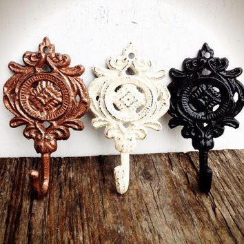 Set Of 3 Ornate Medallion Wall Hooks - Metallic Copper Black & Ivory White - Rustic Floral