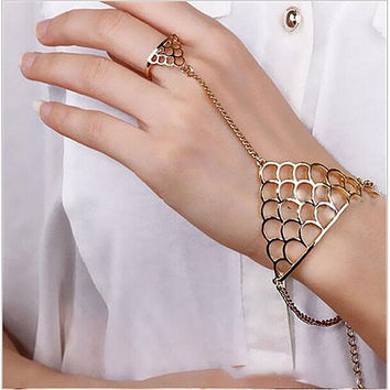finger ring hand chain harness