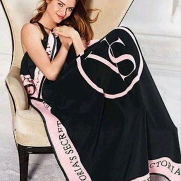 Fashion Online  Pink  Victoria Secret Vs Printed Comfortable Soft Fleece Warm Travel Blanket Sofa Cover