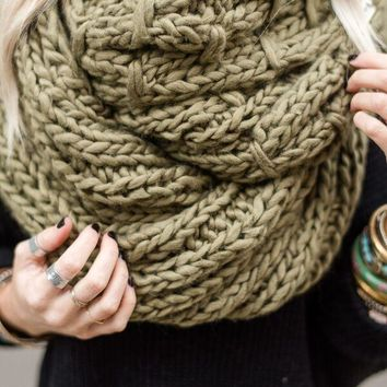 Vintage Cargo Chunky Infinity Knitted Scarf - Olive