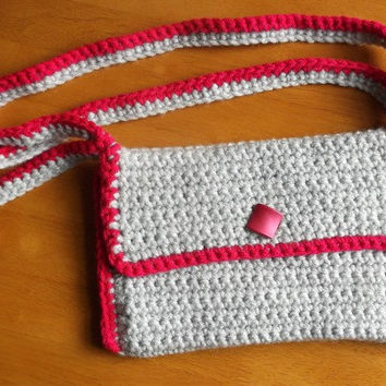 Trendy Pearl Grey Purse/Clutch with Fuchsia Hem, Crochet
