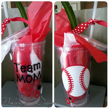 Team Mom Sports Tumbler, Vinyl decorated Sports Mom Tumbler, Football, Baseball, Softball, Cheer, Soccer, Gynmastics, Wrestling, dance more!