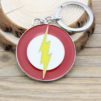 The Flash Super Hero Keychain Metal Key Chain DC Comic Justice League Superhero Figure Keyring Accessories 80's