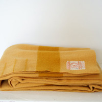 Hudson Bay Wool Blanket Yellow And Mustard Stripe 3.5 Point