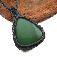 Jade necklace, macrame pendant, nephrite Jade stone, self-realization necklace, gift for Her, healing crystal, jade jewelry, wrapmeacrystal