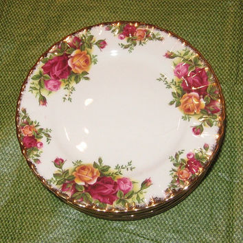 Royal Doulton Royal Albert Old Country Roses China Small Bread and Butter Plate