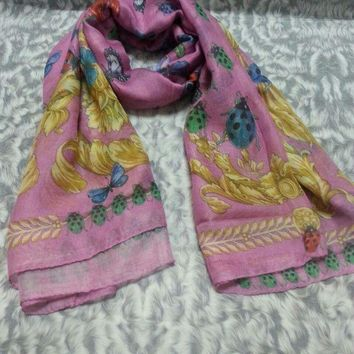 CREYRQ5 New VERSACE women scarf .Made in Italy. 100X100cm. Modal90%+Cashmere10%.