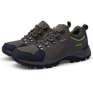 Anti-slip Outdoor Hiking / Climbing Shoes for Men