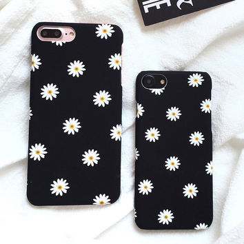 Ultra thin Frosted Cute Daisy Flower Case For iphone 7 Case Lovely Cartoon Floral Back Cover Hard Phone Cases For iphone7 7 Plus -0315