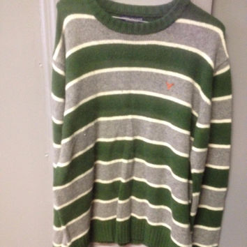 Men's AE Sweater Medium