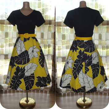 Vintage 70s Black & Yellow Hawaiian Floral Day Dress Yellow Patent Belt Retro 50's Style Toni Todd Sz 10