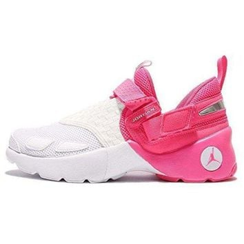 Jordan Girl's Trunner Lx Basketball Shoes
