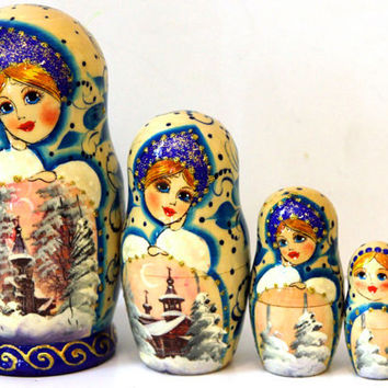 Russian Stacking dolls Landscape watercolor blue, red kod143