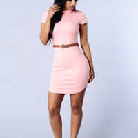 Pink Short Sleeve Curved Hem Bodycon Mini Dress