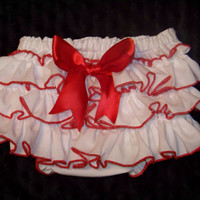 Ruffle Butt Diaper Cover / Ruffle Bloomer / Ruffle Panty / Sassy Pants / Birthday/ Infant / Baby / Toddler / Girl / Custom Boutique Clothing