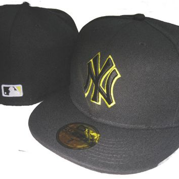 ESBON New York Yankees New Era MLB Authentic Collection 59FIFTY Hat Black-Yellow