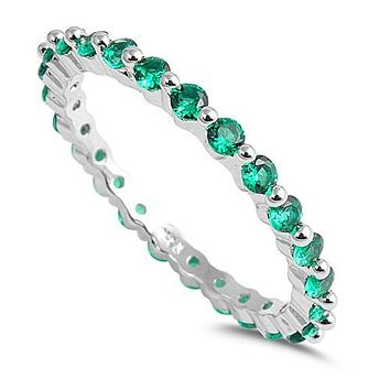 A 2TCW Round Cut Emerald Green Russian Lab Diamond Eternity Ring