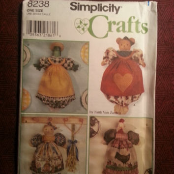 Uncut 1998 Simplicity Sewing Pattern, 8238! Arts & Crafts/Chicken Plastic Bag Holders/Cats/Frogs/Bears/Heart Appliques/Doll Apron/Dolls