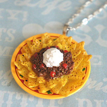 nachos necklace - jillicious