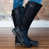 Mommy Quilted Buckle Boots Black