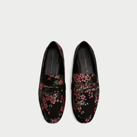 FLORAL PRINT LOAFERS