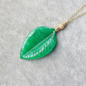 Jade Leaf Necklace, jade gold leaf pendant, carved jade leaf, 14 K Gold filled jade, green leaf charm, modern jade jewelry, trendy jade, mom