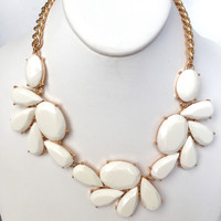 Jill Statement Necklace Set - Ivory