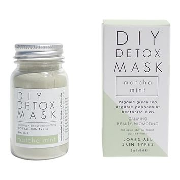DIY DETOX MASK-MATCHA GREEN TEA