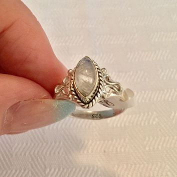 Filigree Rainbow Moonstone sterling silver ring