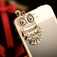 GogoMall High Quality Rhinestone Cute Owl Dust Proof Plugy Dust Plug 3.20mm Headphone Jack Plug for iPhone Samsung Blackberry iPad HTC in 4 Colors (black)