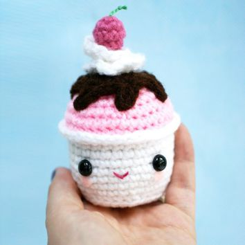 Happy Hot Fudge Sundae Amigurumi