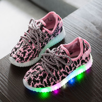 Kids Shoes Girls 2016 Sport Shoes For Girls And Boys Kids LED Shoes Child Yeezy Sneakers Children Lighted Sneakers