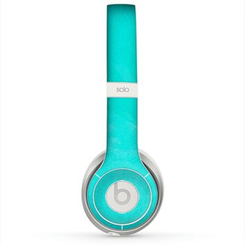 The Subtle Neon Turquoise Surface Skin for the Beats by Dre Solo 2 Headphones