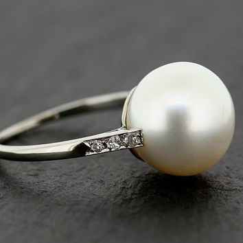 Art Deco Pearl Ring - Antique Platinum Cultured South-Sea Pearl & Diamond Ring