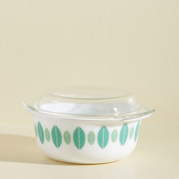 To Eats Their Own Baking Dish in Frond - Small