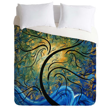 Madart Inc. Forward Reaching Duvet Cover