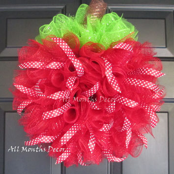 Red Apple Small Deco Mesh Wreath with Ribbons