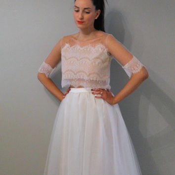 Tea length cream tulle skirt, tea length tulle skirt, cream tulle skirt, wedding skirt, off white tulle skirt, ivory tulle skirt.