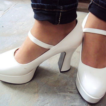 Vintage 70s Platform Shoes 8 - Vintage Disco Shoes 8 - White Patent Leather Shoes 8