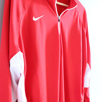 Nike T-shirt Transway Baskeball Nike Sweatshirt Red Oversized Pullover Long Sleeves Activewear Loose-fit Vintage Nike Retro 90s Size XXL