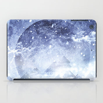Even mountains get cold iPad Case by HappyMelvin