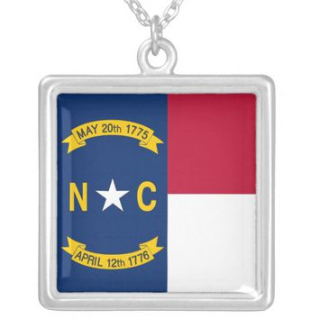 Elegant Necklace with Flag of the North Carolina