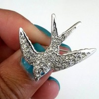 Vtg 1996 AVON Juliette Gordon Low Swallow Pin Pave Crystal RS For Smithsonian