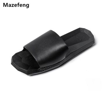 Summer shoes Unisex Slipper Men Slippers Casual Men Sandals Beach Slippers Outdoor Thick soled Sandals Non-slip Black And White
