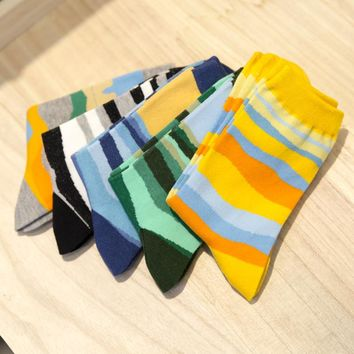 Man fashion wave striped in tube socks man cotton socks man socks Winter Thick Warm EUR39-44
