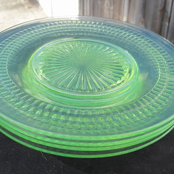 "Depression Vaseline Glass ""Roulette"" Pattern Sherbet 8.5"" Salad or Luncheon Plate Set of 4 1930's"
