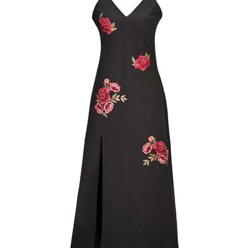Streetstyle  Casual Spaghetti Strap High Slit Embroidery Floral Patch Maxi Dress