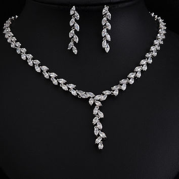 Clear white  Zircon Earrings Necklace Set